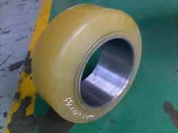 bánh xe nâng điện TCM